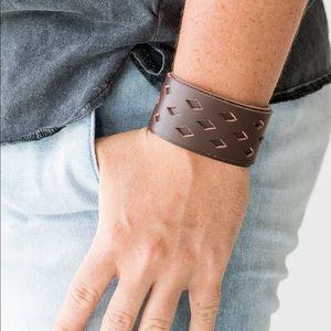 Men's brown urban snap bracelet